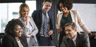 Najczęstsze problemy przy przygotowaniu i wdrożeniu systemu ocen pracowniczych w przedsiębiorstwie - czy da się ich uniknąć?