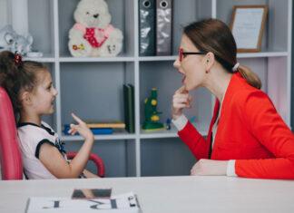 Jak małe dzieci uczą się angielskiego